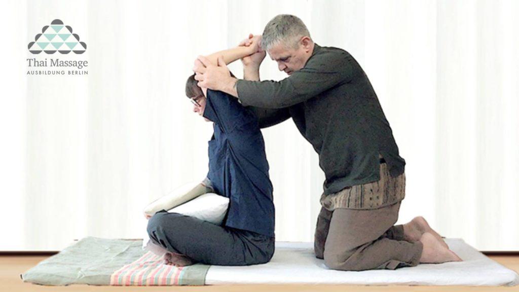 Thai Massage Ausbildung / Therapeutische Massage Level 3